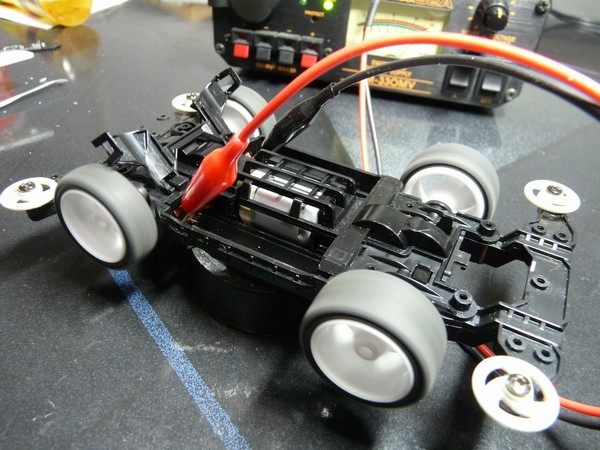 TOYz BAR☆Giri RPMチェッカー、ミニ四駆のモーター回転数をiPhoneと無料アプリで計測。