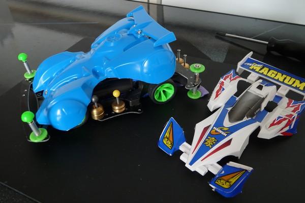 TOYz BAR☆ミニ四駆・バックブレーダー、ARシャーシ中径タイヤに搭載
