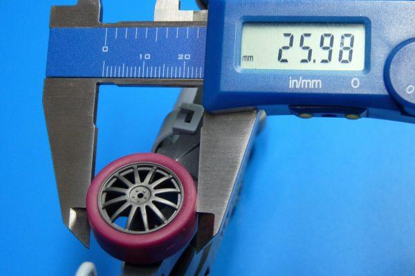 TOYz BAR☆ミニ四駆・95208 ローフリクション ローハイトタイヤ(2本 マルーン) /ミニ四駆グレードアップパーツ