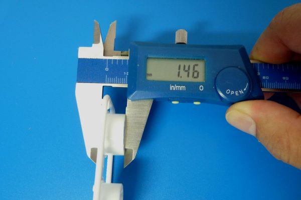 TOYz BAR☆ミニ四駆GUP 15483 ローハイトタイヤ&ホイールセット (Yスポーク)・ホイールオフセット計測