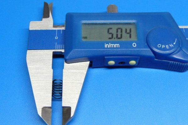 TOYz BAR☆ミニ四駆GUP 10305 AO-1034 ミニ四駆スライドダンパースプリングセット。スプリング(強・黒)。直径。