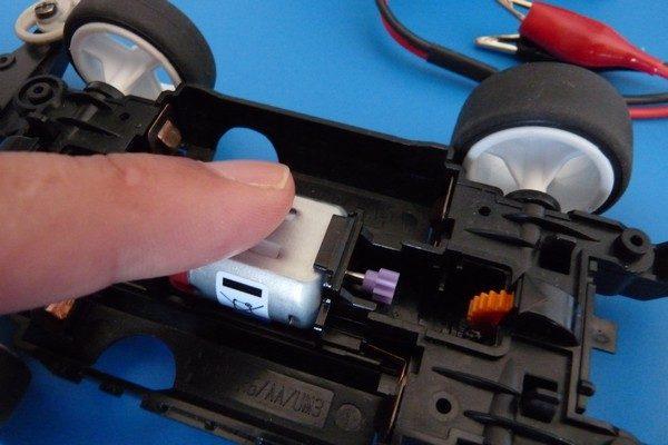 TOYz BAR☆ミニ四駆 マッハダッシュモーターPRO、低電圧ブレークイン。温度チェック。
