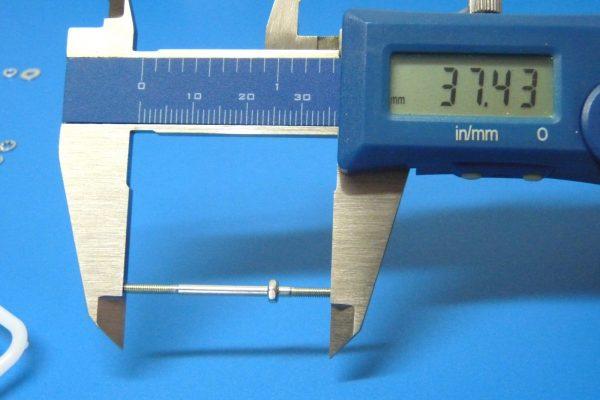TOYz BAR☆ミニ四駆GUP 15436 大径スタビヘッドセット(17mm)。両ネジシャフトの寸法。