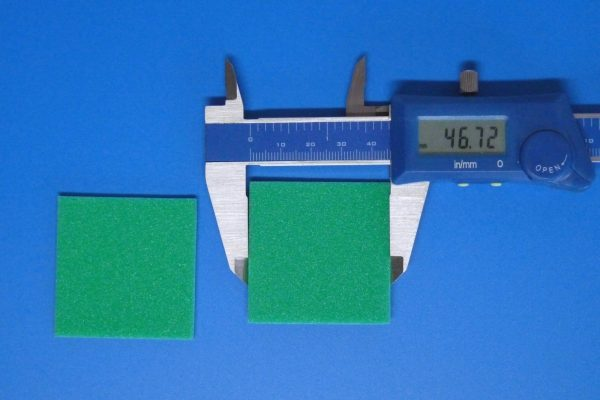 TOYz BAR☆ミニ四駆GUP 15441 ブレーキスポンジセット。緑ブレーキスポンジ。サイズ測定。