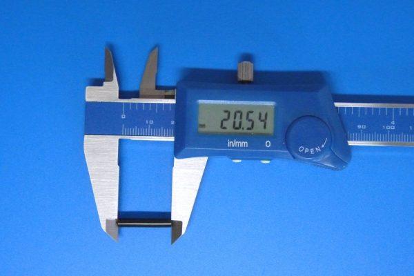 TOYz BAR☆ミニ四駆GUP 15441 ブレーキスポンジセット。黒色ブレーキスポンジ。ゴムパイプ(細)。サイズ測定。