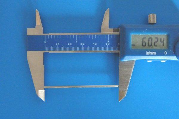 TOYz BAR☆ミニ四駆GUP 15440 60mm中空ステンレスシャフト。長さ測定。