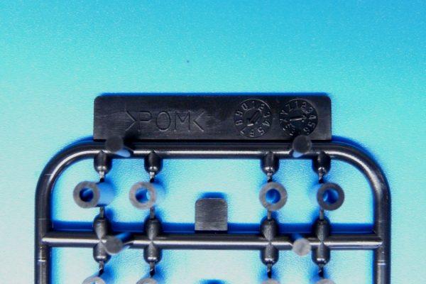 TOYz BAR☆ミニ四駆GUP 15506 軽量プラスペーサーセット (12/6.7/6/3/1.5mm)。パーツ詳細写真。材質はPOM。