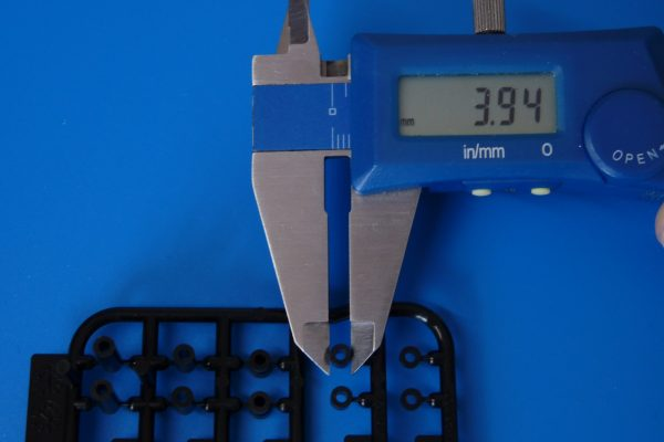 TOYz BAR☆ミニ四駆GUP 15506 軽量プラスペーサーセット (12/6.7/6/3/1.5mm)。寸法測定。