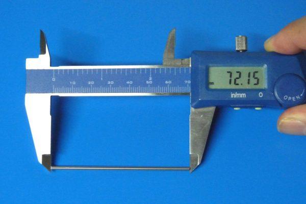 TOYz BAR☆ミニ四駆・15297 72mm中空ステンレスシャフト。長さ測定。