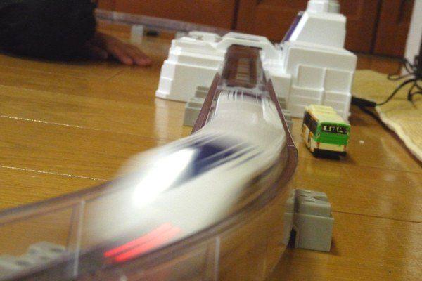 OYz BAR☆タカラトミー リニアライナーL0。スケール速度600km/h到達。