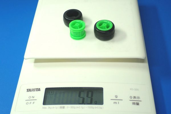 TOYz BAR☆ミニ四駆GUP 15239 中空ゴム小径タイヤセット(ホイール付)。重量測定。
