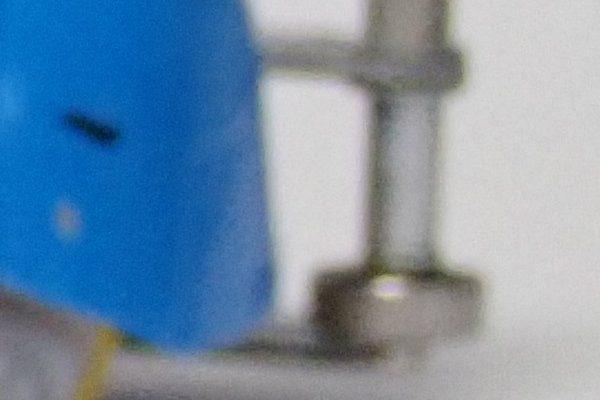 TOYz BAR☆デジカメでミニ四駆撮影。後ろがぼける。