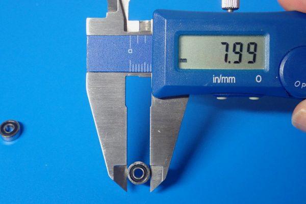 TOYz BAR☆ミニ四駆GUP 94386 AO-1008 830ベアリング2個セット。830ベアリングのサイズ測定。