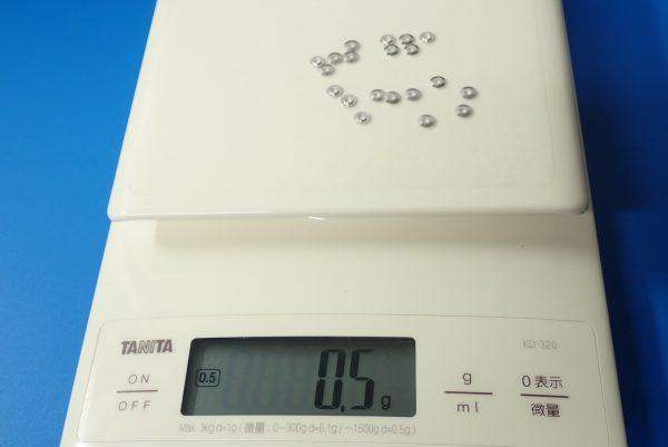 TOYz BAR☆ミニ四駆GUP  94768 AO-1018 ベアリングローラー用スペーサー (20個)。ベアリング用ローラースペーサーの重量測定。