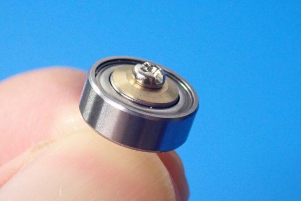 TOYz BAR☆ミニ四駆GUP 15345 ローラー用11mmボールベアリングセット。組み立てイメージ。
