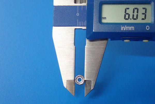 TOYz BAR☆ミニ四駆GUP 15111 丸穴ボールベアリング 4個セット。サイズ測定。