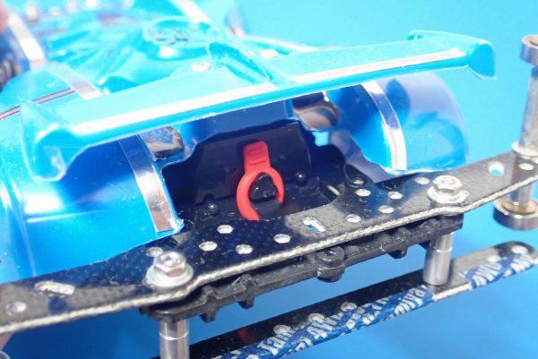 TOYz BAR☆ミニ四駆GUP 95393 ラバーボディキャッチ(ブルー・レッド)。取り付け方法(使用方法)。