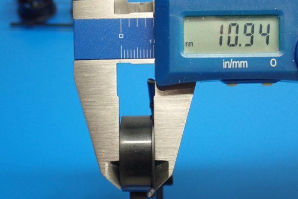 Yz BAR☆ミニ四駆GUP 95371 ハード大径ローハイトタイヤ&カーボン強化6本スポークホイール。ホイール、サイズ測定。