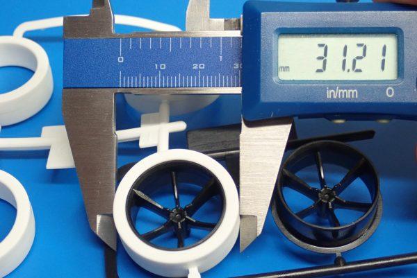 Yz BAR☆ミニ四駆GUP 95371 ハード大径ローハイトタイヤ&カーボン強化6本スポークホイール。タイヤ直径測定。