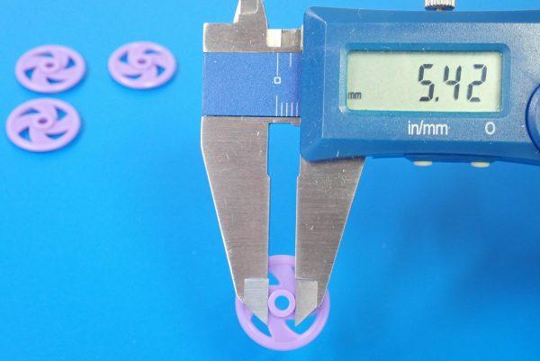 TOYz BAR☆15381 低摩擦プラローラーセット/ミニ四駆グレードアップパーツ。19mm低摩擦プラローラー寸法測定。