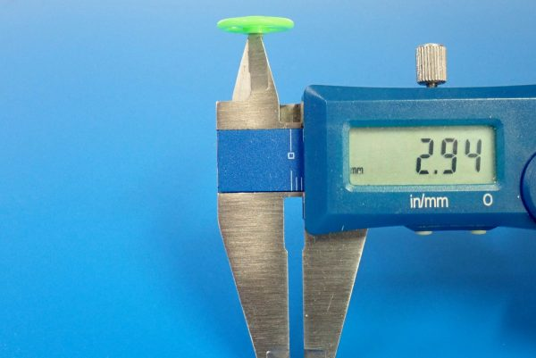 TOYz BAR☆95391 低摩擦プラローラーセット (ブルー&ライトグリーン)。16mm低摩擦プラローラー(ライトグリーン)、サイズ測定。